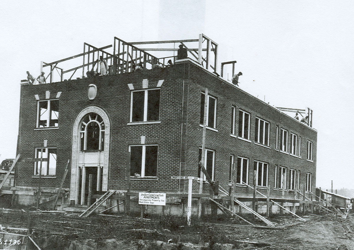 Longview apartment building under construction