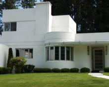 Learn more about Streamline Moderne
